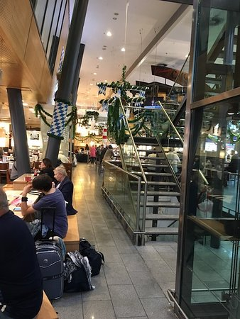 Munich Central Station: Section of an up scale sit down restaurant area