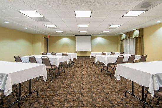 El Dorado, KS: Meeting room