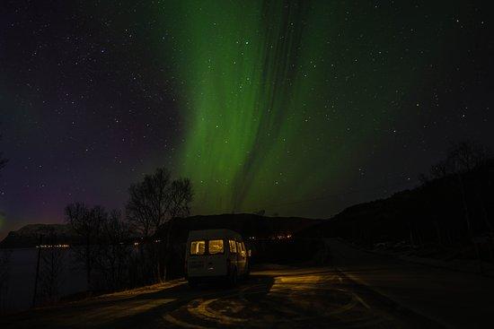 Lofoten Islands, Norvège : ¿Y si en la carretera te sorprenden las luces mágicas del norte? Auroras Boreales en Islas Lofoten