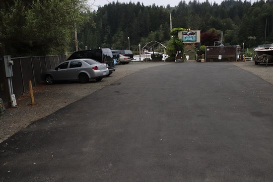 Lakeside, OR: Lots of parking!