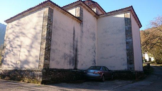 Inguanzo, إسبانيا: Iglesia De La Santa Cruz 