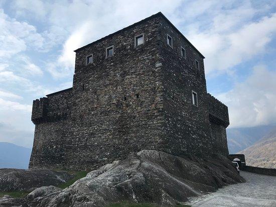 Châteaux de Bellinzone
