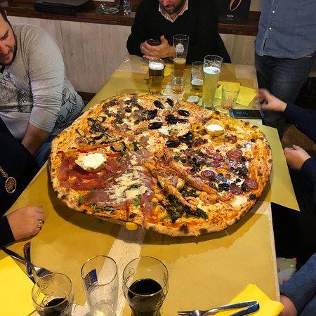 pizzeria la pace rossano veneto restaurant reviews phone number photos tripadvisor. Black Bedroom Furniture Sets. Home Design Ideas