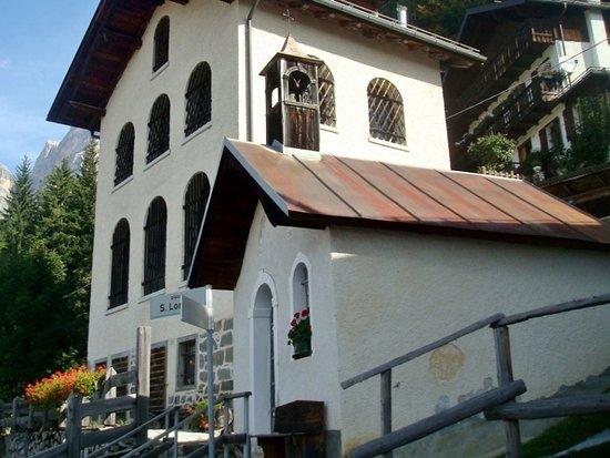 Zoldo Alto, إيطاليا: La chiesa di San Longino