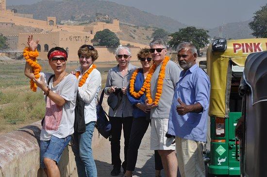 Jaipur Morya Taxi Service's
