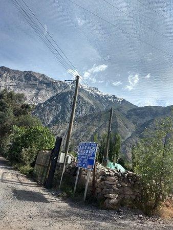 Cajon del Maipo Photo