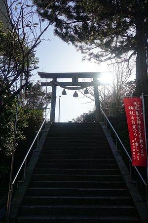 Koyurugi Shrine: 小動神社