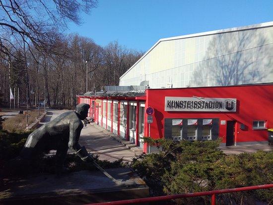 Kunsteisstadion Crimmitschau im Sahnpark