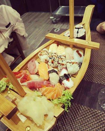 Sushi...buonissimo...