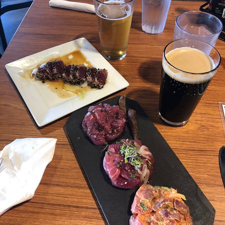 Tasty afternoon poke with solid local beer
