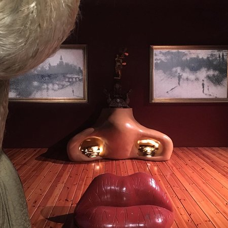 Dali Theatre-Museum: Especial y genuïno
