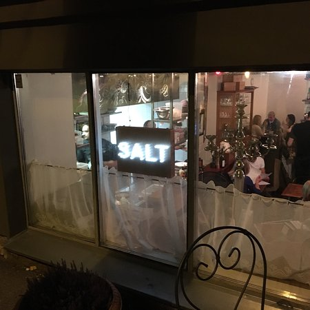 Restaurant Salt Picture