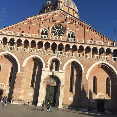 Tolle sehenswerte Kathedrale