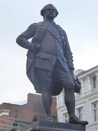Robert Clive Statue