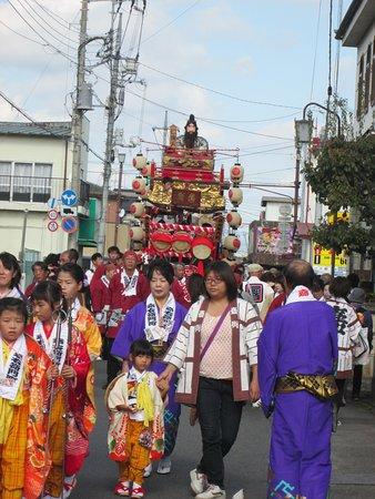 江戸時代からの伝統を受け継ぐ山車だそうです