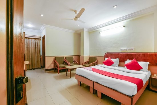 Koinor Eetbank Bottom.Oyo 13647 Hotel Kohinoor Plaza Prices Reviews Aurangabad