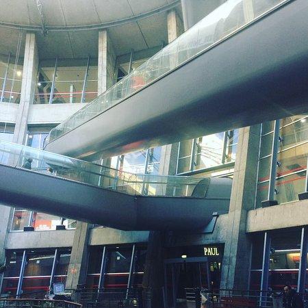 Tourist Information Desk Cdg Terminal 2e Roissy En France 2019