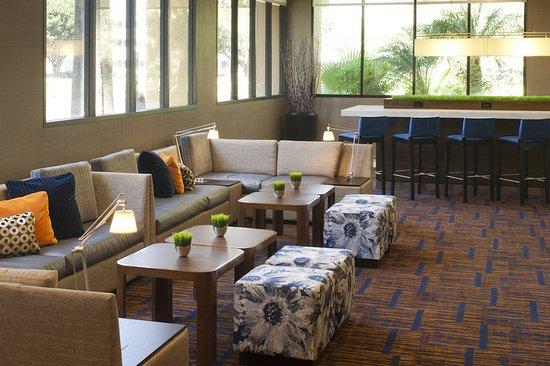 Cypress, Kalifornia: Lobby