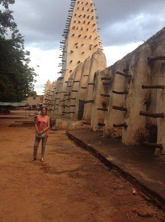 Mosque of Bobo-Dioulasso 口コ...