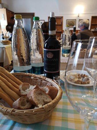 Belvedere Langhe, อิตาลี: Trattoria del Peso