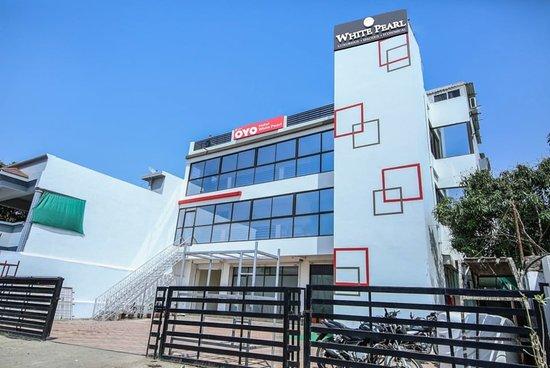 oyo 3603 white pearl hotel jabalpur madhya pradesh hotel rh tripadvisor in