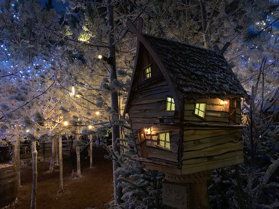 Эскот, UK: Elf Village