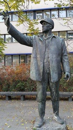 Gerhard Thieme Monument