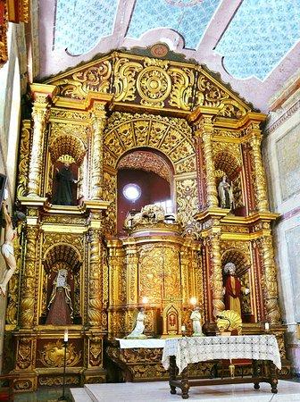 Popayan, Kolumbia: Retablo mayor de la Iglesia de la Encarnación.
