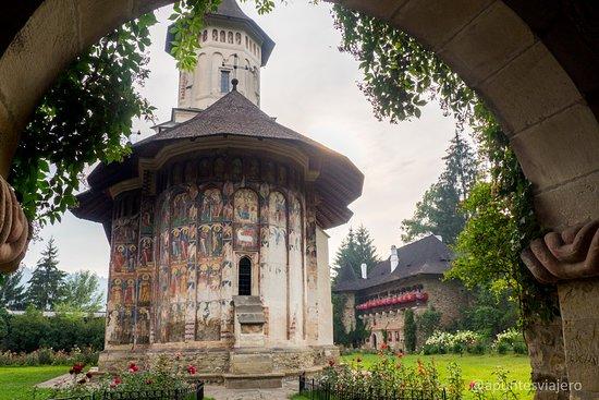 Vatra Moldovitei Foto