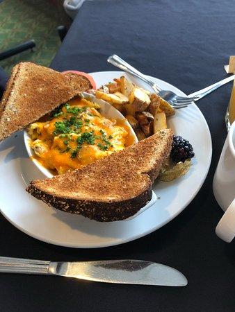 Severn Bridge, Kanada: Egg Scrambler - very tasty
