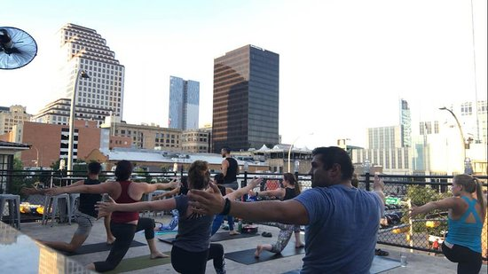 AdZENtures Yoga : Get outside and move!