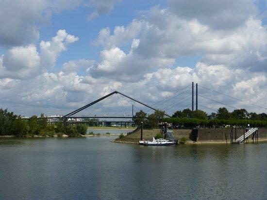 Duesseldorf, View from Medienhafen towards Hafenbruecke