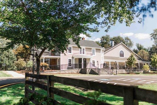 Manor at Silo Falls, Brookeville - Restaurant Reviews, Photos
