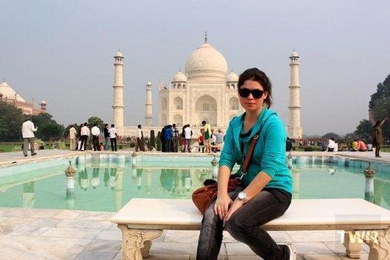 Trip To Taj Mahal India