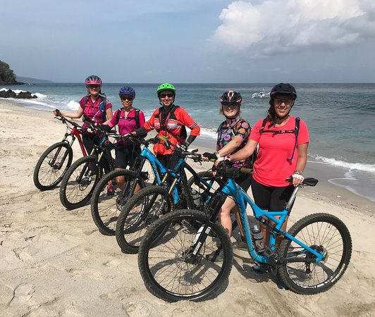 Blahbatuh, Indonesia: MTB chicks rock!