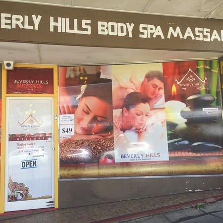 Beverly Hills Body & Spa Massage