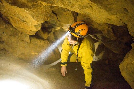 Barlangászat Budapest Alatt