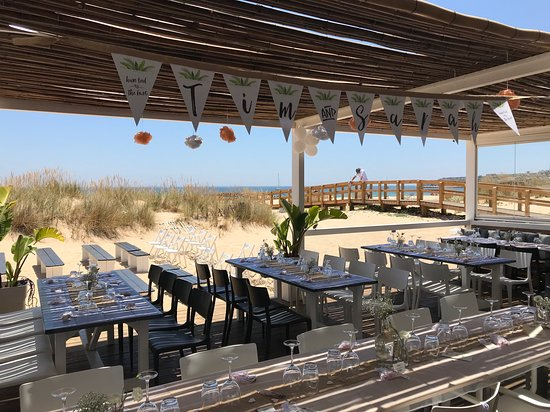 Bahia Beach Bar: Bahia also functions as a wonderful wedding venue