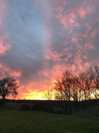 Success, MO: Missouri evening sky.