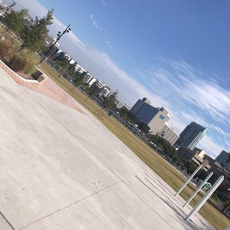 Julian B Lane Riverfront Park