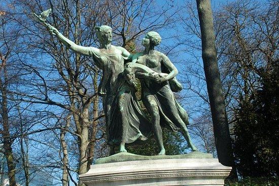 Monument au General Thys