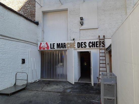 Ixelles, Belgium: L'entrée en fond de cour