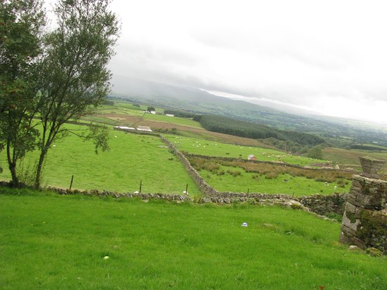 Cumbrie, UK : A fantastic view of Cumbria from the moors at Windmore End.