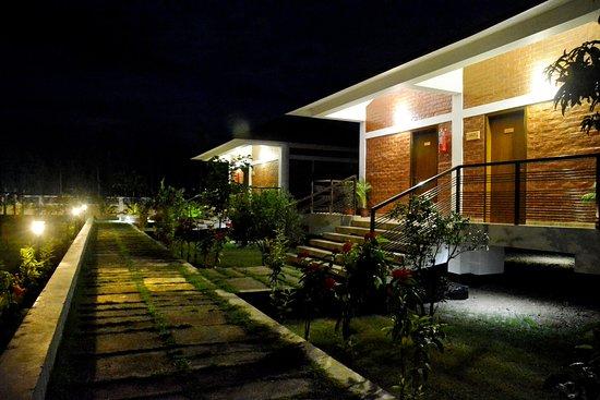Gaibandha, بنجلاديش: Cottage Night View