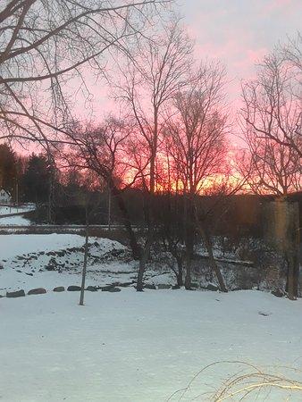 Johnstown, NY: Early sunrise in november
