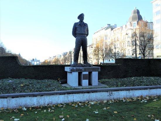 Statue du Maréchal Montgomery