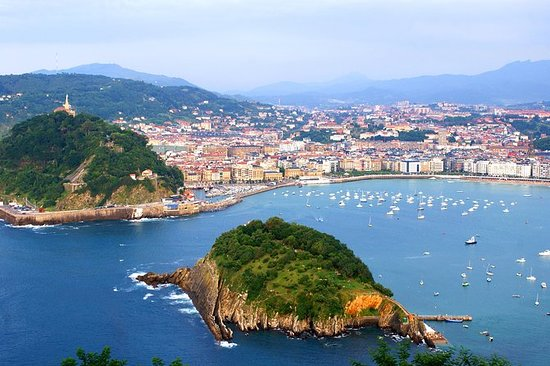 Excursión de día completo a Biarritz...