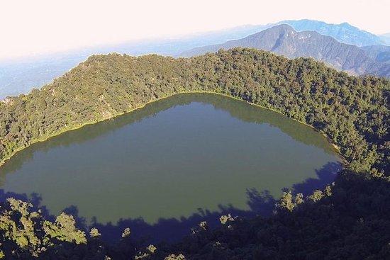 Trek ao vulcão Chicabal e à lagoa