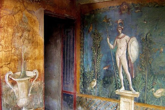 Pompeii and Naples City Tour