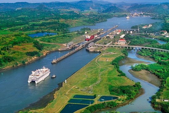Panama Canal Partial Transit Boat Tour
